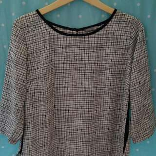 ABSTRAC BLOUSE