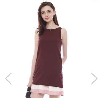 ACW Double Pleat Colourblock Shift Dress In Wine