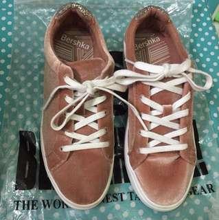 Bershka velvet shoes