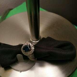 Real diamonds & sapphire ring