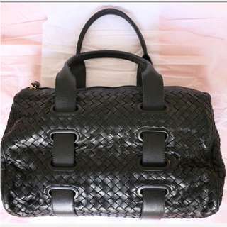 Bottega Veneta BV black leather handbag