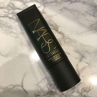 NARS Charlotte Gainsbourg Hydrating Glow Tint in Medium