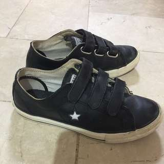 CONVERSE original kids shoes