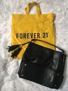 Forever 21 black hobo bag