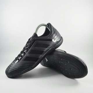 Sepatu futsal adidas predator full hitam