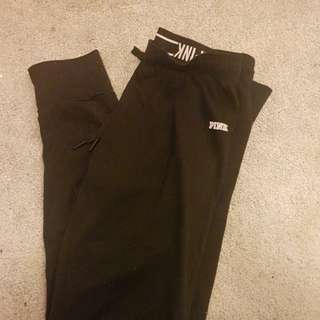 Barely worn PINK joggers size small