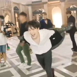 [SALE] BTS LOVE YOURSELF HER ALBUM (V VER.) + FREE GIFT