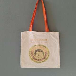 Mad face vintage style totebag