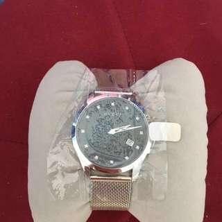 全新Gucci 鑽石錶