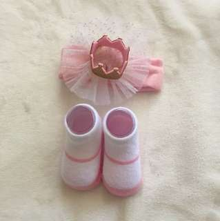 Baby Girl's Socks and headpiece