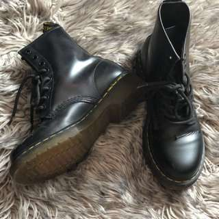 Dr. Martens Patent Leather Boots Size 7