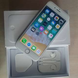 "99% sliver colour iPhone  6 128gb, Hong Kong zp version,  full set with box.  4.7"" original, like new, 100% working & good battery, full set new accessories, 7 days warranty.   4.7寸99% 新無花,港行zp, 100%全正常及電池良好"