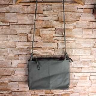 📍SALE📍Sling Bag
