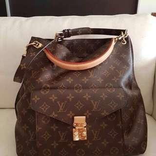 Authentic Louis vuitton satchel bag