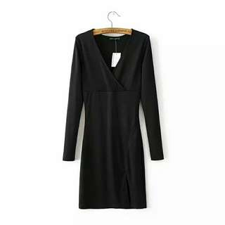 HM Black V Cut Long Sleeved Knitted Dress