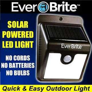 Ever Brite Solar Powered Door Light