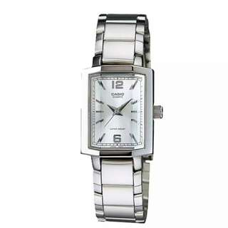 Casio Women's White Dial Silver Starp Watch LTP 1233D-7A