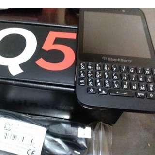 Blackberry Q5 黑色 接近全新