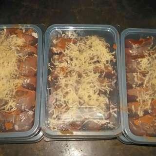 speacial kutsinta with yema spread and cheese on top :)