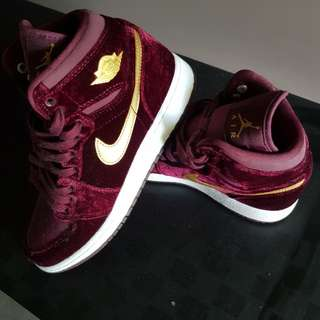 "Air Jordan 1 Heiress ""Velvet""  Unisex"
