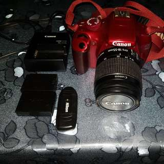 Canon  DSLR EOS 1100D Red