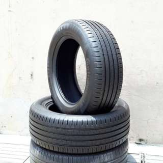 Used 235/60 R18(Sold) Continental (2pcs) 🙋‍♂️