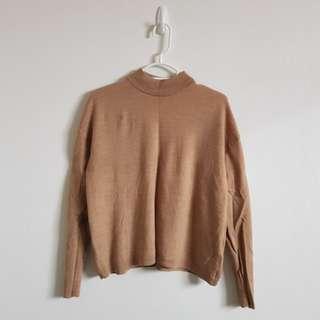 UNIQLO Beige Sweater