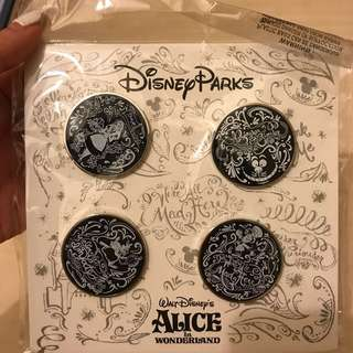 Alice in the wonderland 4 pin set