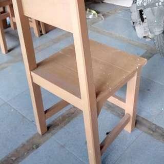"""Kursi kayu """"Cafe"""" (49 kursi tersedia)"""