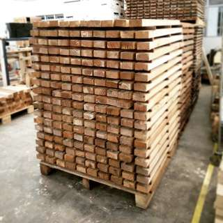 Thick Pallet Wood Strips (1100 x 90 x 40mm)