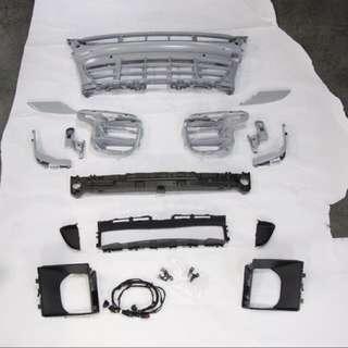 Porsche Macan GTS/Sport Design Front Grill Set Original