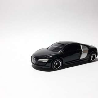 Tomica Audi R8 with Box