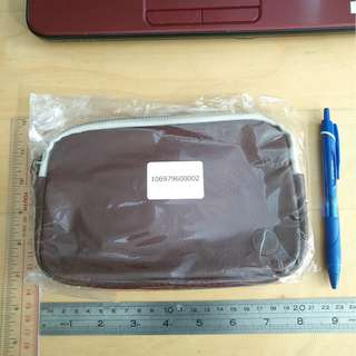 100% New Kanmi Chocolate 真皮 made in Japan leather Pouch Clutch Cosmetic Bag 袋 iPhone