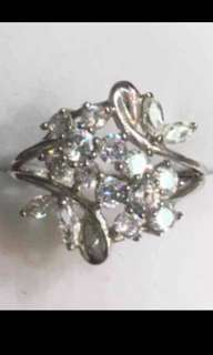 New solid 925 sterling silver 1ct CZ flower ring size 7.5