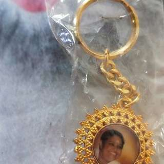 "Amma ""Hugging Saint"" Key chain"