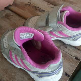 Original adidas kid shoe