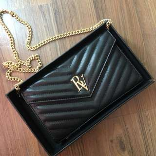 Luxury sling bag black