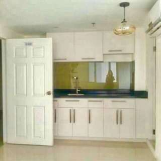 Fully Furnished 2-3 Bedrooms