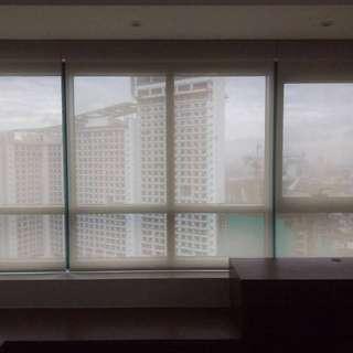 Window blinds - Sunscreen