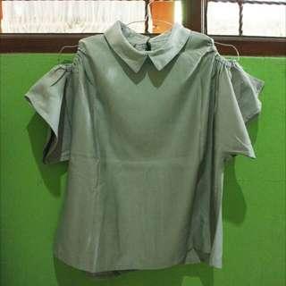 Shoulder off blouse