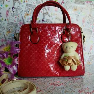 SLING BAG GLAMOUR AND ELEGAN RED BEAUTY