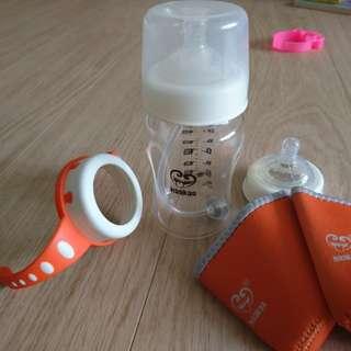 PL Haakaa bottles