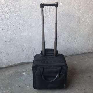 Victorinox pilot bag