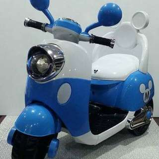 Mickey electric scooter ( ready stock )