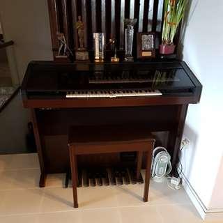 Yamaha HE-4 Electone Organ
