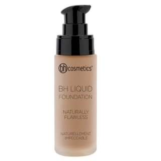 Naturally Flawless BH Radiant Foundation