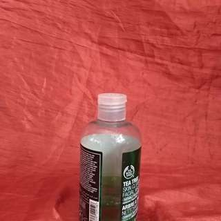 Body shop skin clearing green tea facial wash