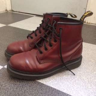 Dr martens red cherry 101 boots (6eyes)