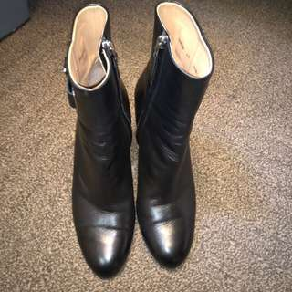 Bally leather boots size 40