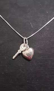 Small Anti Tarnished 925 Sterling Silver Key to my Heart Pendant Charm with free chain
